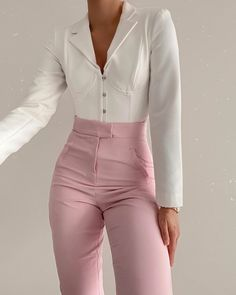Girly Outfits, Classy Outfits, Pretty Outfits, Cute Outfits, Fashion Outfits, Kinds Of Clothes, Clothes For Women, Mode Chanel, Business Casual Outfits