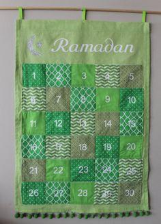 Green Ramadan Advent Pocket Calendar by handmadebeginnings on Etsy