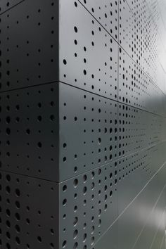 Casa Alta by AS/D perforated trespa Facade Design, Wall Design, Weekend House, Deco Originale, Perforated Metal, Facade Architecture, Facades, Inspiration, Metal Cladding