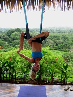 ooook... bucket list... Costa RICA Yoga Retreat after I'm good at Yoga!!
