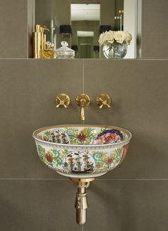 Tired of White Bathroom Basins? Try These Unique & Colourful Alternatives Tired of White Bathroom Basins? Try These Unique & Colourful Alternatives Bathroom Basin, White Bathroom, Serene Bathroom, Copper Bathroom, Bathroom Accents, Eclectic Bathroom, Bathroom Modern, Simple Bathroom, Beautiful Bathrooms