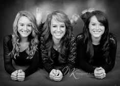 pictures of teenage siblings | cute for senior photo if seniors are close to their siblings