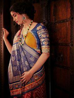 Half n half Bandhani saree with ochre yellow and cobalt blue zardozi work blouse Saree Blouse Neck Designs, Saree Blouse Patterns, Designer Blouse Patterns, Bandhani Saree, Lehenga Saree, Saree Dress, Silk Sarees, Saree Look, Indian Designer Outfits