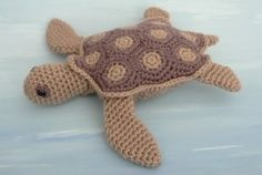 Amigurumi sea turtle. You gotta love Etsy for all those sweet patterns!