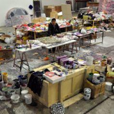 Zhuang Hong Yi in zijn atelier in Amsterdam