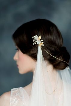 Bryn Gold Bridal Hair Adornment