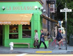 Starbucks will close all 23 of its La Boulange stores in the Bay Area by the end of September.// Photo: Stephanie Wright Hession