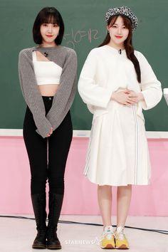 South Korean Girls, Korean Girl Groups, Sinb Gfriend, Cloud Dancer, G Friend, Beautiful Songs, Pop Group, Korean Singer, Asian Fashion