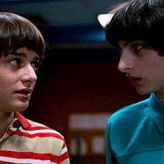 mike x will Stranger Things Have Happened, Stranger Things Funny, Stranger Things Netflix, I Have No Friends, Will Byers, Don T Lie, Future Boyfriend, Going Crazy, Best Shows Ever