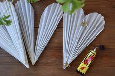 DIY: SNÖBLOMMA | leitntos Noel Christmas, Simple Christmas, Christmas Lights, Christmas Decorations, Diy Paper, Paper Crafts, Christmas Crafts For Adults, Origami Stars, Paper Stars