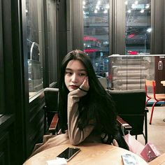 Read Twinss girls from the story Korean_Ullzang by Kiwiable_ with reads. Ulzzang Korean Girl, Cute Korean Girl, Ulzzang Couple, Asian Girl, Yoon Ara, Ullzang Boys, Uzzlang Girl, Art Girl, Wattpad