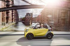 Smart Cabrio Passion: Mit der Zeit wird alles wieder gut - Nach einem schleppenden Start herzen die Smart-Fans doch den 453er – inklusive Cabrio. Zum Auto-Test: http://www.nachrichten.at/anzeigen/motormarkt/auto_tests/Smart-Cabrio-Passion-Mit-der-Zeit-wird-alles-wieder-gut;art113,2392201 (Bild: Daimler AG)