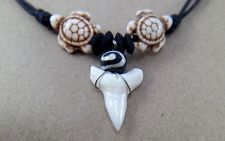 NEW REAL BULL SHARK TEETH TOOTH&TURTLE BEAD SURFER HIPPIE CHOKER NECKLACE…