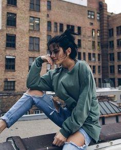 Street Style 2016/2017 streetstyleplatform: Forrest Green Sweatshirt