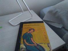 1.Lo primero que veo cuando me levanto: el libro que he estado leyendo la noche anterior.