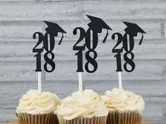 Top your 2018 graduates cupcakes with these 2018 graduation cupcake toppers! Perfect for a 2018 graduation party! Quantity: 24 Size: tall by wide. Total height: 6 One-sided toppers. (Double-sided toppers available upon request for an additi College Graduation Parties, Graduation Celebration, Graduation Decorations, Graduation Party Decor, Graduation Photos, Grad Parties, Graduation Gifts, Graduation Ideas, Graduation Cupcake Toppers