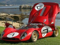 1967 Ferrari 330 race racing classic interior g wallpaper Retro Cars, Vintage Cars, Vintage Auto, Classic Sports Cars, Classic Cars, Sports Car Racing, Auto Racing, Race Racing, Automobile