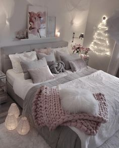 Small and Stylish Bedroom Design Trends and Ideas in 2019 Part bedroom ideas; bedroom ideas for small room; Girl Bedroom Designs, Room Ideas Bedroom, Girls Bedroom, Bedroom Decor, Design Bedroom, Master Bedroom, Bedroom Ideas For Small Rooms Women, Teenage Bedrooms, Purple Bedrooms