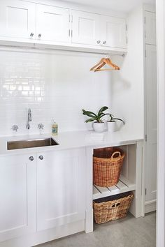 Best 20 Laundry Room Makeovers - Organization and Home Decor Laundry room organization Laundry room decor Small laundry room ideas Farmhouse laundry room Laundry room shelves Laundry closet Kitchen Short People Freezer Shiplap White Laundry Rooms, Small Laundry, Laundry In Bathroom, Laundry Baskets, Basement Laundry, Bathroom Plumbing, Laundry Decor, Washing Baskets, Laundry Closet