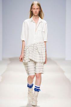 Christian Wijnants Spring 2014 Ready-to-Wear Fashion Show