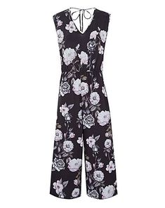 e97328b1571 Add some style to your wardrobe with this printed jumpsuit. This can be  easily dressed up for the night with heels