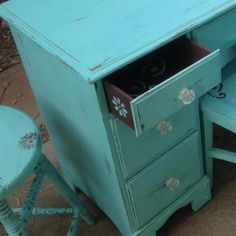 "Beautiful ""Tiffany Box Blue""/Chocolate Brown desk"