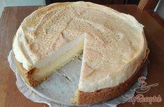 Wonderful quark pie with meringue. Wonderful quark pie with meringue. Hungarian Recipes, Sweets Cake, Sweet And Salty, Popular Recipes, Cake Recipes, Sweet Tooth, Cheesecake, Food And Drink, Pie