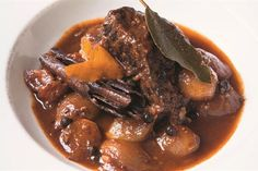 The Hairy Bikers' beef stifado recipe - Food: Veggie tables Chef Recipes, Greek Recipes, Cooking Recipes, Lean Recipes, Italian Recipes, Recipies, Slow Cooker Beef, Slow Cooker Recipes, Beef Stifado