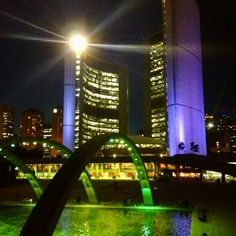 Toronto City Hall Designed by Finnish architect Viljo Revell