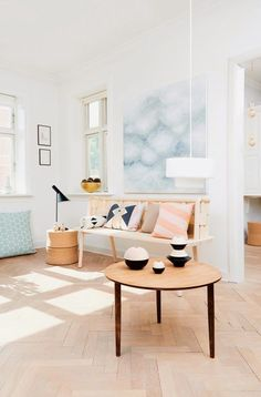 Spacious and bright, with warm light pouring in. Adore!