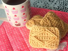 Check out this yummy crochet biscuit @twinkiechan  made for Craft Seller. Who's hungry?