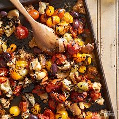Roasted Tomato-Bread Toss, like a panzanella salad! Roasted Vegetable Recipes, Roasted Root Vegetables, Roasted Tomatoes, Veggies, Potluck Recipes, Side Dish Recipes, Cooking Recipes, Healthy Recipes, Bhg Recipes