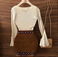 Roupas para sair Pretty Outfits, Stylish Outfits, Cute Outfits, Fashion Outfits, Womens Fashion, Fashion Trends, Girl Fashion, Moda Chic, Cowgirl Outfits