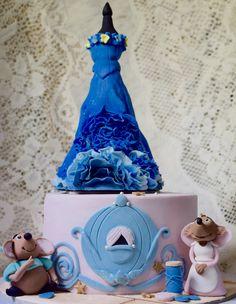 Cinderella Cake !