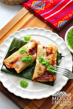 Tamales wrapped in banana leaves, a delicacy served also on the celebration of the Day of the dead. Step by step tutorial.