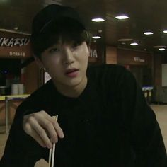 Find images and videos about kpop, bts and jungkook on We Heart It - the app to get lost in what you love. Min Yoongi Bts, Min Suga, Suga Suga, Foto Bts, Daegu, Yoonmin, Jooheon, K Pop, Hoseok