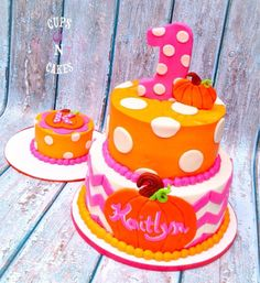 Pink pumpkin first birthday cake Pumpkin Birthday Cakes, Pumpkin Patch Birthday, Pumpkin Patch Party, Pumpkin Birthday Parties, Pumpkin First Birthday, First Birthday Cakes, First Birthday Parties, Birthday Bash, Halloween First Birthday