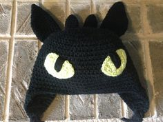 Toothless How to Train Your Dragon  crochet hat by TaeTaesCrochet