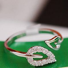 European Leaf Shape Women'S Clear With Cubic Zirconia Band Rings(Silver,Gold)(1 Pc) – USD $ 0.79