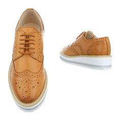 Pantofii comozi Carolina Boix sunt acum la reducere! Disponibili în două culori perfecte pentru începutul acestei toamne. Poartă-i la școală sau la job și te vei îndrăgosti iremediabil de ei!   ✅ Comandă-i acum cu un singur click pe site! 🚗 Livrare în toată țara! 📞 Ai nevoie de ajutor? Sună-ne: 0756388388 ⭐ Dacă nu ești mulțumită, îți primești oricând banii înapoi!  Like them? Share them! 😍  #CarolinaBoix #beReal #beBoix