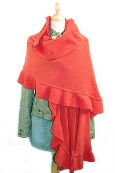 Warm oranje, lamswollen poncho (11. rost)