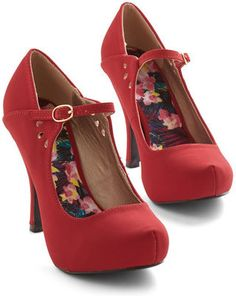 East Lion Corp./Qupid Struttin' on Stage Heel in Crimson