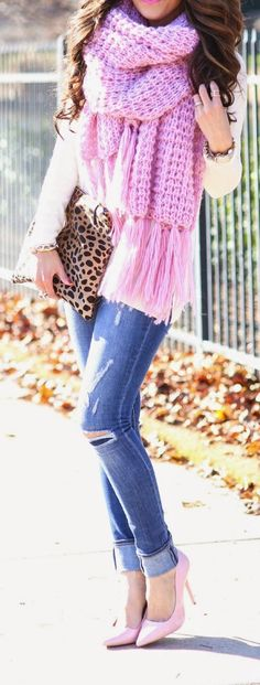 Pink knit chunky scarf