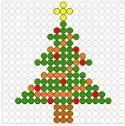 Deze kralenplank en vele andere in het thema kerstmis kun je vinden op de website van Juf Milou. Melt Beads Patterns, Easy Perler Bead Patterns, Beading Patterns, Cross Stitch Patterns, Beaded Crafts, Beaded Ornaments, Christmas Perler Beads, Hama Beads Design, Cross Stitch For Kids