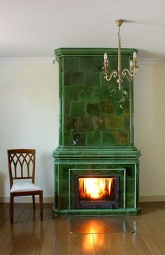 Modern Fireplace, Fireplace Design, Foyers, Solid Fuel Stove, Flat Interior Design, Green Painted Furniture, Brick Design, Stove Fireplace, Barbecue