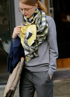 Scarf Fashion 2017, Daily Fashion, Everyday Fashion, Love Fashion, Womens Fashion, Looks Chic, Looks Style, Casual Look, Casual Chic