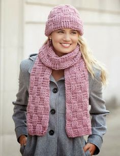 Basket Weave Stitch Cowl Neck Warmer – Free Crochet Pattern by Maggie WeldonBasketweave Hat and Scarf Set Crochet Cowl Free Pattern, Bonnet Crochet, Crochet Mittens, Crochet Beanie, Crochet Scarves, Knitting Patterns Free, Crochet Hats, Free Crochet, Scarf Patterns