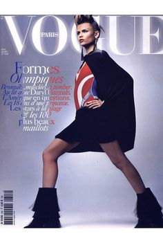 Natasha Poly en couverture du Vogue Paris de juin/juillet 2004: http://www.vogue.fr/mode/cover-girls/diaporama/natasha-poly-en-couverture-de-vogue-paris/5823/image/408928#natasha-poly-en-couverture-du-vogue-paris-de-juin-juillet-2004