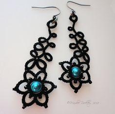 Tatted earrings Art Nouveau black by yarnplayer on Etsy