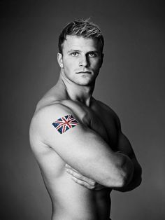 oh well would be rude not to like this Muscle Boy, Ginger Men, Royal Marines, Military Love, Blonde Guys, Men In Uniform, Hairy Chest, Athletic Men, Guy Pictures